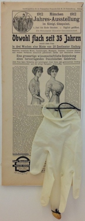 Untitled, 2012, Collage, 45,5 x 19 cm