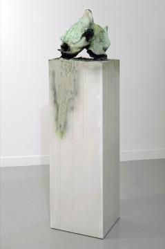 Voegel, 2008, Mixed media, 37 x 33 x 40 cm