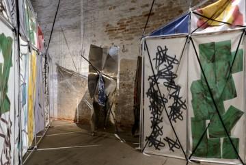 "Yorgos Sapountzis, Installation ""Sculptures cannot eat"", 2017, 57th International Art Exhibition - La Biennale di Venezia, Viva Arte Viva, Photo by: Andrea Avezzù, Courtesy: La Biennale di Venezia"